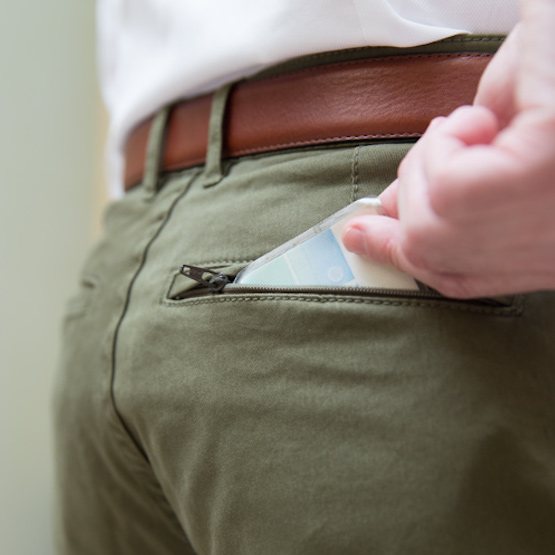 zoom poche cachee zippee chino stretch olive bonnegueule