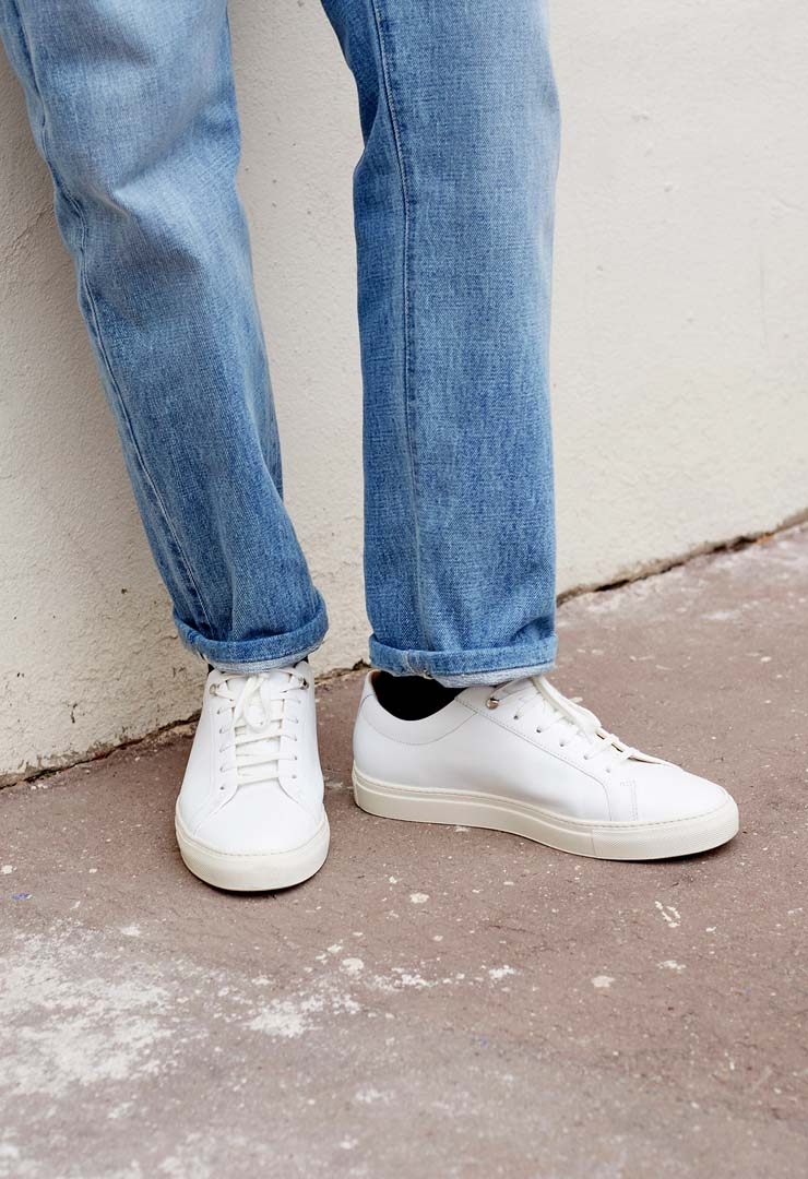 zoom cuir suede sneakers blanches bonnegueule